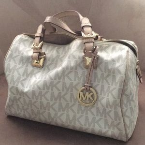 *Repost* AUTHENTIC MK Large Satchel Bag
